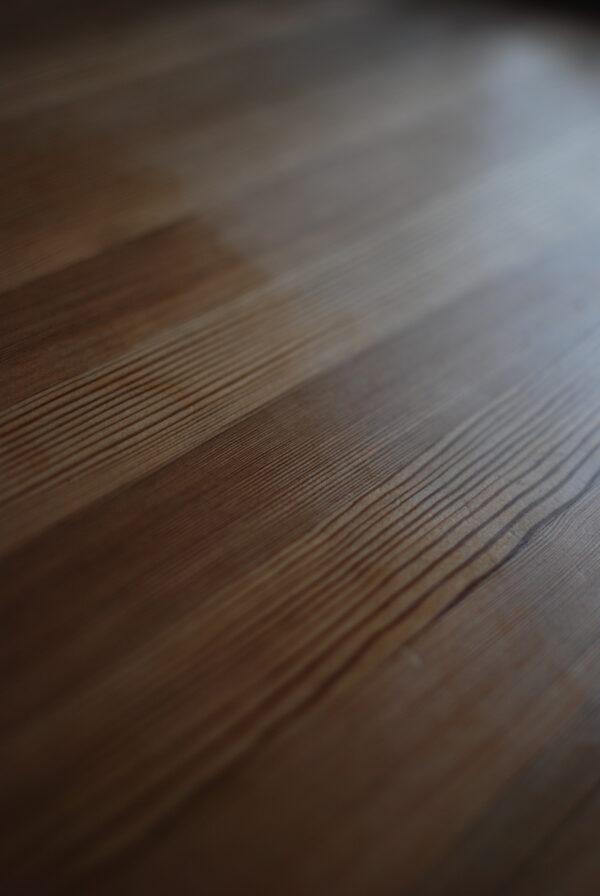Ekologisk bivaxolja, träolja, olja för träbehandling