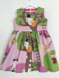 Babyklänning Unik-Trädet