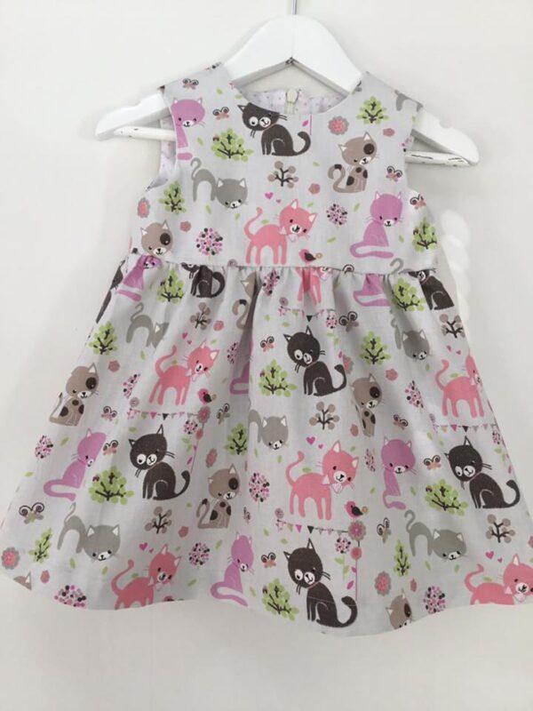 Babyklänning Unik-katter 68 cm